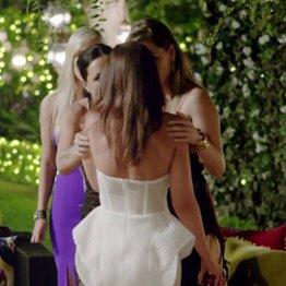 Elizabeth-Calls-Jen-Dress-Putrid-Bachelor-Australia